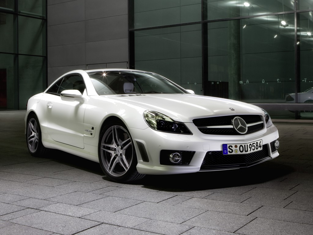 Mercedes-Benz AMG CLK63 Black Edition